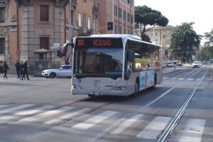 rome bus with BiPiù app
