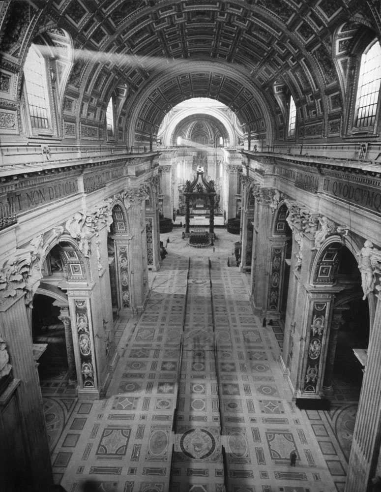 inside the saint peter's basilica, rome